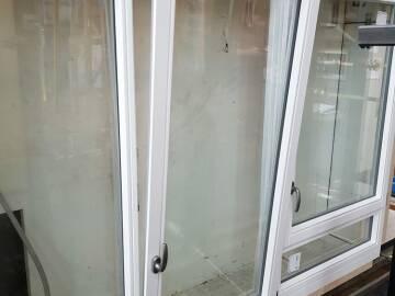 Teste d'étanchéité sur fenêtre bois
